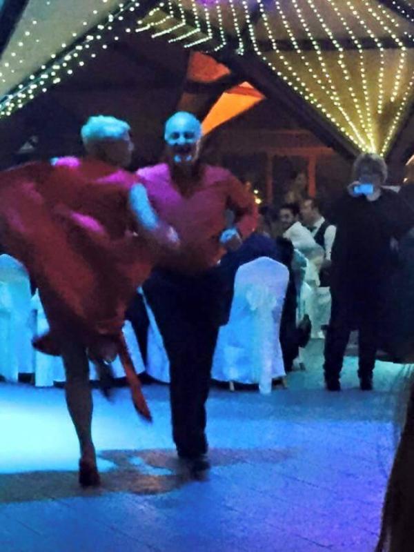 ასე იცეკვა გივი სიხარულიძემ ლალი მოროშკინას შვილის ქორწილში