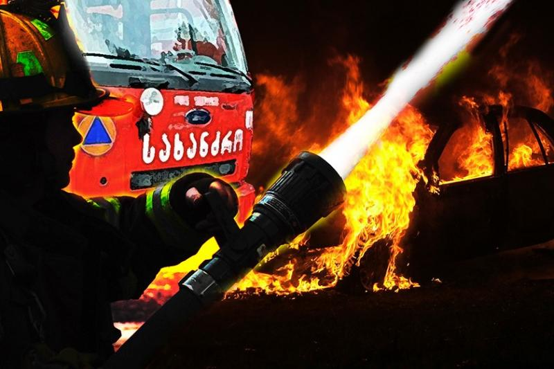 ტყიბულში მამაკაცს მეზობელმა ბენზინი გადაასხა და ცეცხლი წაუკიდა